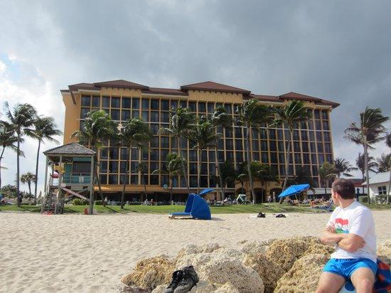 Wyndham Deerfield Beach Resort:                   The Hotel