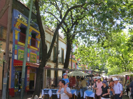 Cultura Cercana Tours: La Boca in Buenos Aires