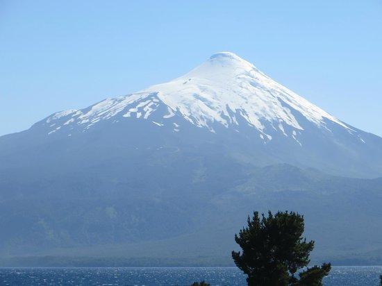 Cultura Cercana Tours: Volcano Osorno from Puerto Varas