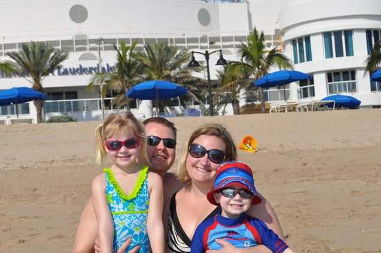 Hilton Fort Lauderdale Beach Resort:                   Beaching it in front of the Hilton!