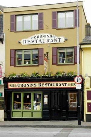 Cronins Restaurant : The exterior