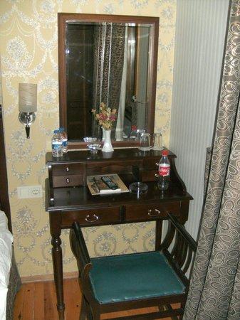 Zeugma Hotel:                   Bedroom