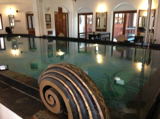 The House of MG:                   Indoor pool