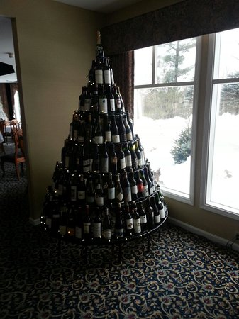 White Mountain Hotel and Resort:                                     wine tree