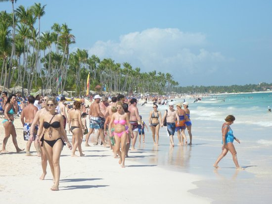 Paradisus Punta Cana Resort :                   beach scene on the great sands of Punta Cana