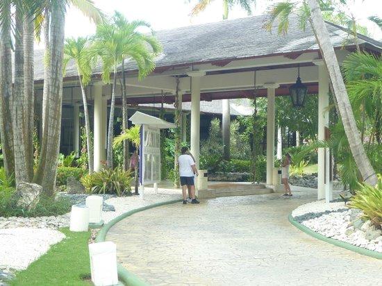 Paradisus Punta Cana Resort:                   main lobby building
