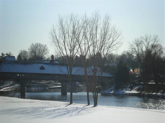 Bavarian Inn Lodge:                                     view of covered wooden bridge from our room at lodge