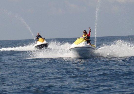 Huvafen Fushi: Jet Ski Fun
