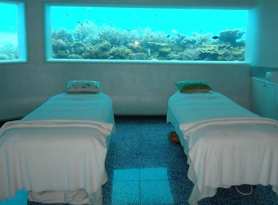Huvafen Fushi: Underwater Treatment Rooms