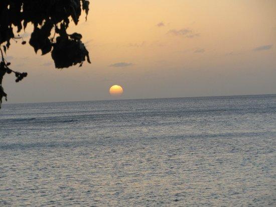 Laluna Hotel:                   Sunset