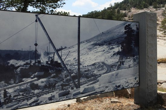 Stone Mountain Park:                   Picture of what it looked like as an operational quarry