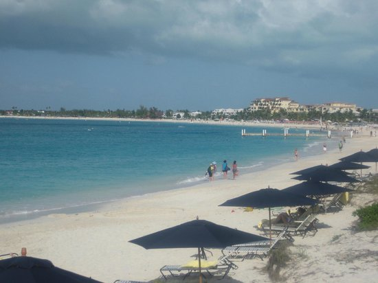 The Regent Grand: Beautiful Grace Bay Beach