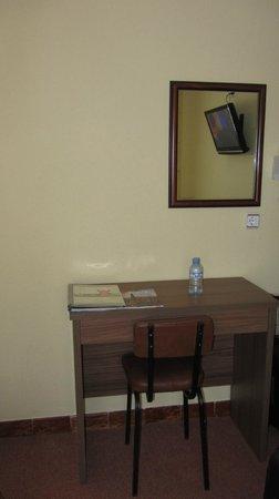 Hotel Castilla: Habitación