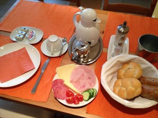Penzion Delanta:                   Lovely breakfast setting.