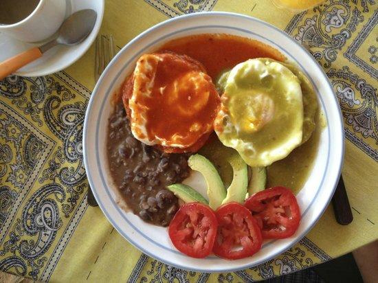 Meson Casa de Piedra:                                                                         Huevos Divorciados for b