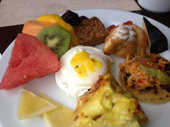 Los Suenos Marriott Ocean & Golf Resort:                                     Breakfast buffet items