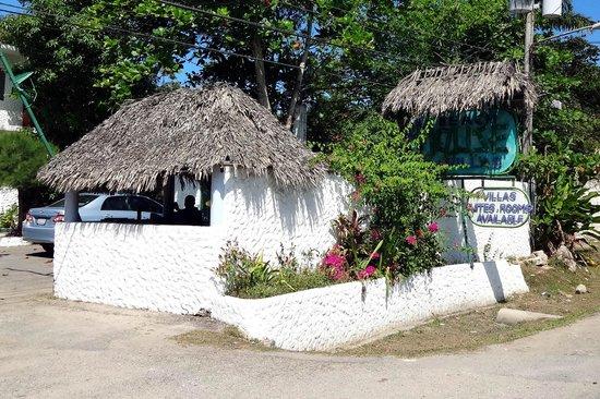 Beach House Villas:                   Property entrance