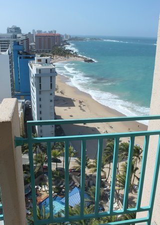 "San Juan Marriott Resort & Stellaris Casino:                   Looking ""left"" down the beach from our room"