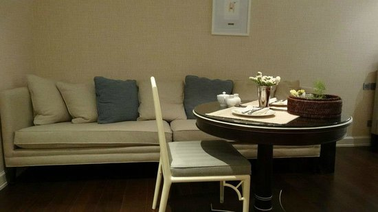 Oriental Residence Bangkok:                   ROOM