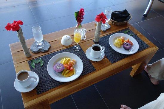 Kura Design Villas Uvita :                                     in terrace dining