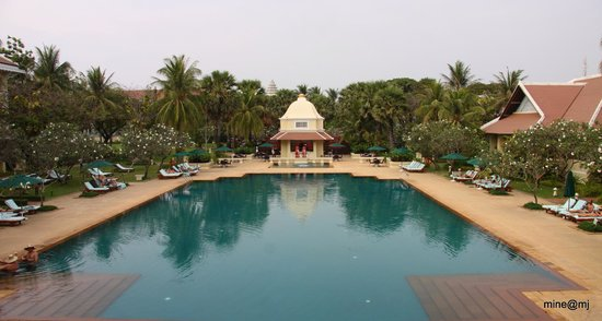 Raffles Grand Hotel d'Angkor:                   You can easily lose track of time here!