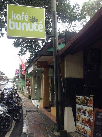 Kafe Bunute:                   We enjoyed