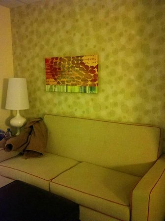 Home2 Suites by Hilton Nashville Vanderbilt:                   Couch