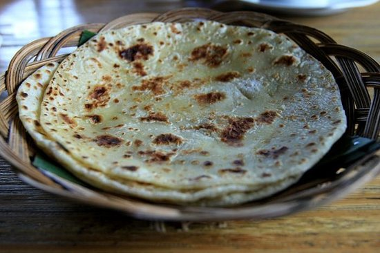 Warung Sharaswhaty:                   soft and tender chapati                 