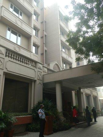 Hotel Vikram: hotel front entrance