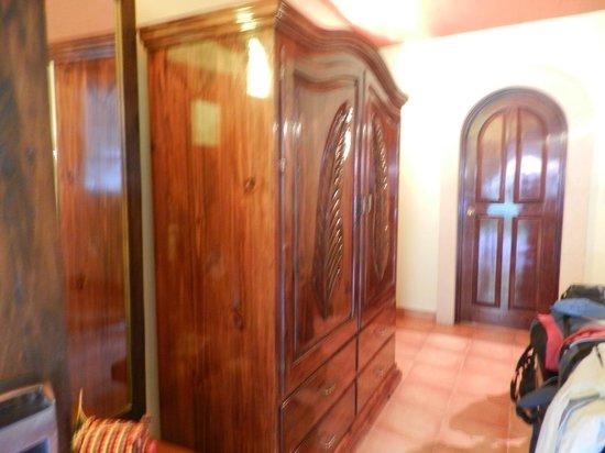 Hotel Chichen Itza: muebles de estilo paz
