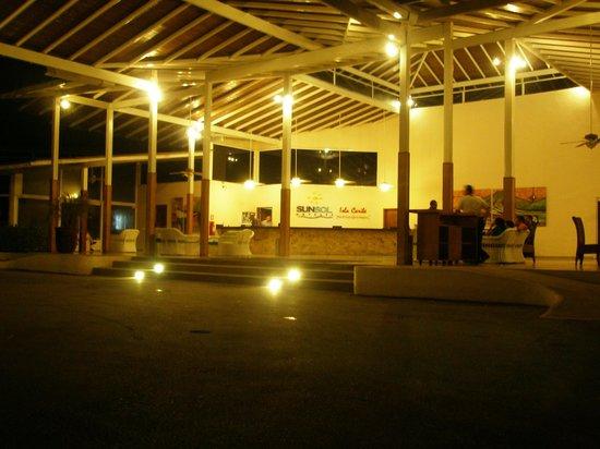 Isla Caribe Beach Hotel: Recepción del hotel