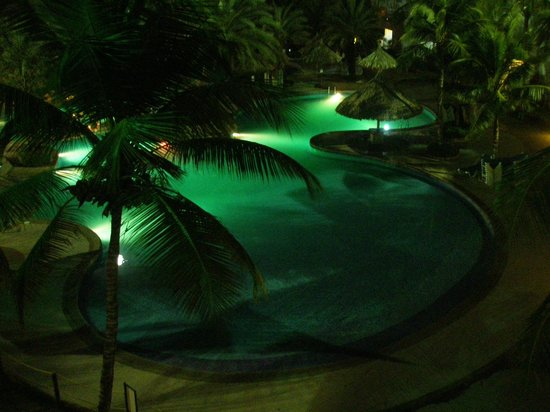 Isla Caribe Beach Hotel: Vista nocturna desde la habitación