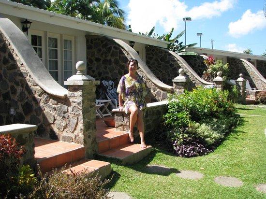 رنديفوه - شامل جميع الخدمات - للأزواج فقط:                   seaside suites                 