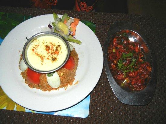 Yeti Cafe Restaurant and Bar : Chicken Biriyani and Chicken-65