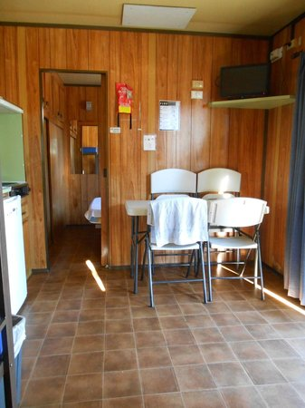 Aldinga Beach Holiday Park:                   Kitchen/Dining only 4 chairs but sleeps 6?