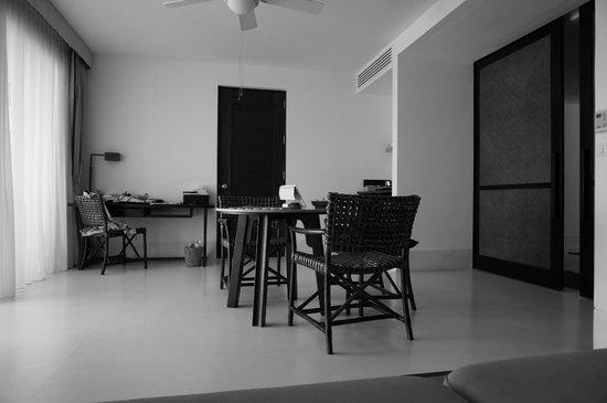 Yaiya Hua Hin:                   Living area in our room