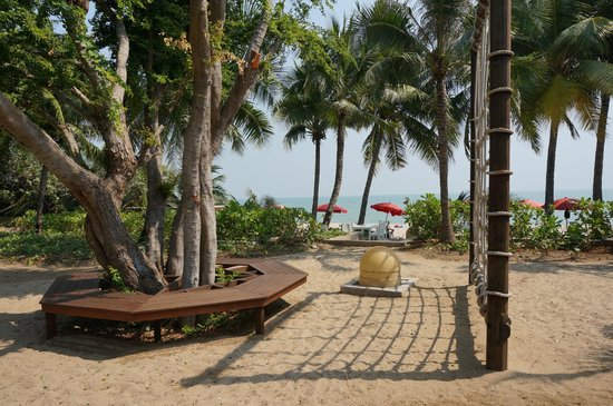 Yaiya Hua Hin:                   Children playground