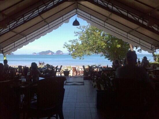 Tup Kaek Sunset Beach Resort:                   Desayuno