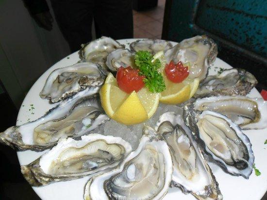 Quay Four Knysna : Oysters