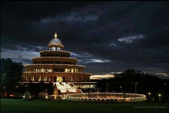 Art of Living International Center:                   The Vishalakshi Mantap in the night