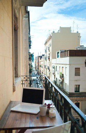 Barceloneta Suites: Private balcony