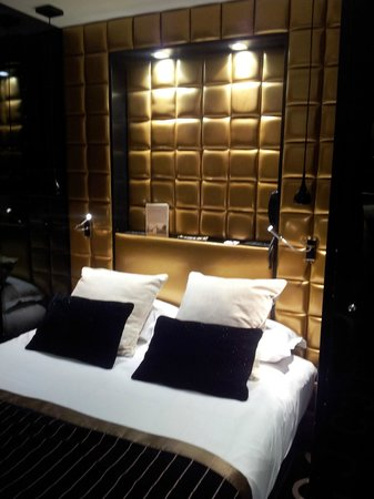 Platine Hotel: Bedroom 407