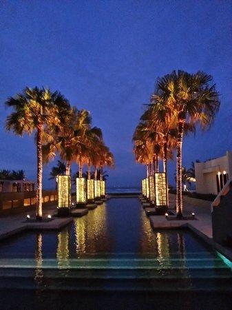 Hyatt Regency Danang Resort & Spa:                                     Pool