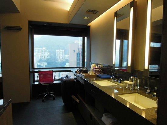 Wanchai 88 Hotel:                   辦公桌