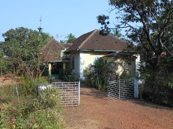 Ludovic Tourist Homes: beautiful property 800 rp per room