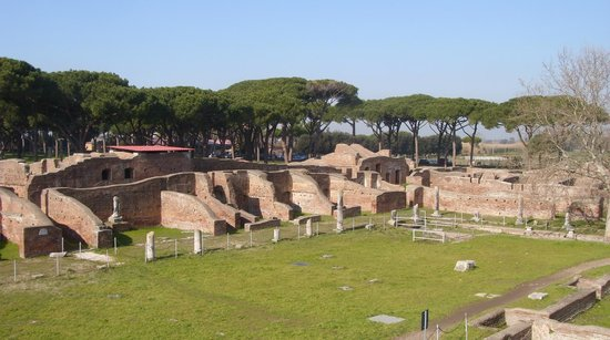 Ostia Antica: General view of part of the site