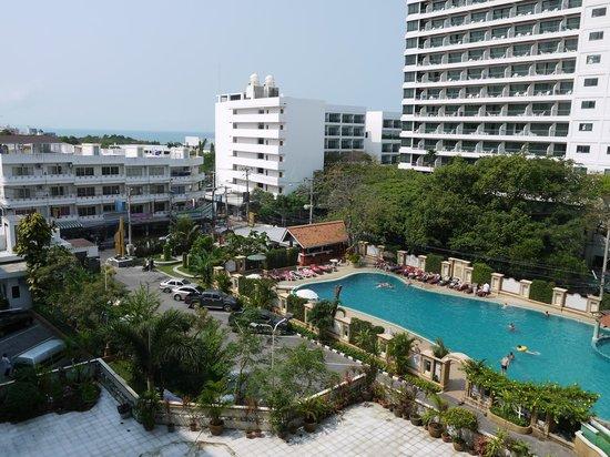 Mountain Beach Hotel:                   хороший отель )