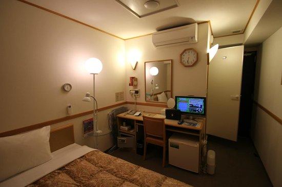 Toyoko Inn Kiryueki Minamiguchi :                   客室-1