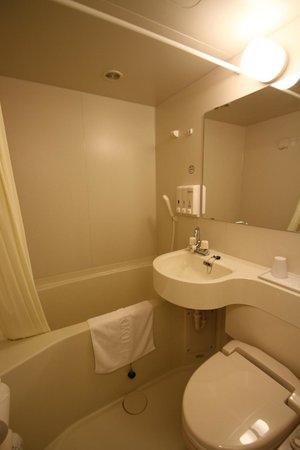 Toyoko Inn Kiryueki Minamiguchi :                   バスルーム