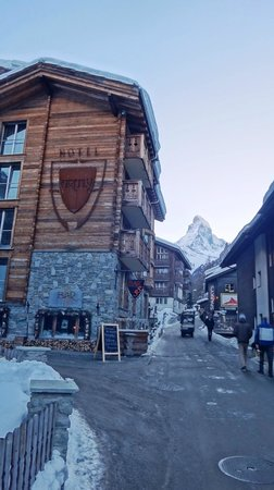 Hotel Firefly:                   View on hotel and Matterhorn